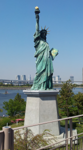 Tokyo-Statue-of-Liberty