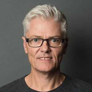 Geoff Lowe Headshot
