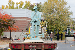 Confederate Statue being removed